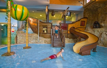 Hotel Mit Wasserrutschen In Osterreich